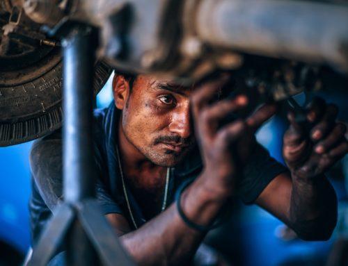 Undervognsbehandling af bil